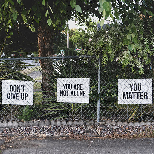 GESCHÄFTS -STRATEGIEBERATUNG - Don't give up . You are not Alone . You Matter